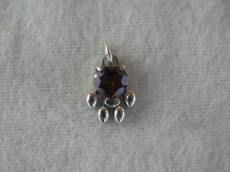 Paw charm Sterling Silver Garnet heart