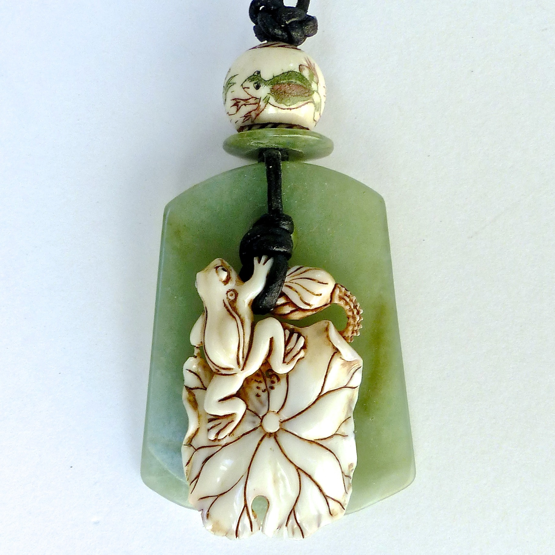 carved buddha youtube green jade grade watch pendant jadeite a natural