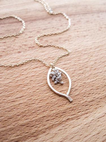 Mini Leaf Caviar Necklace