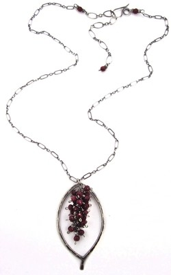 Leaf Chain Necklace - Silver