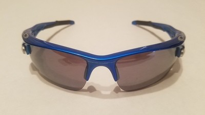 Sport Style Sunglasses :: Blue Frames w/ Black Earpiece & Removable Lenses