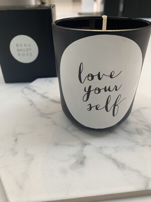 Slogan Candle 'Love Yourself' Black