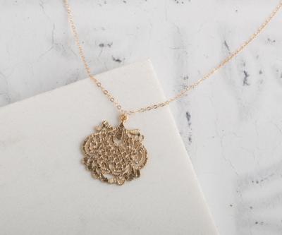 """Claire Hill Art Deco Gold Filigree Pendant Necklace 20"""""""
