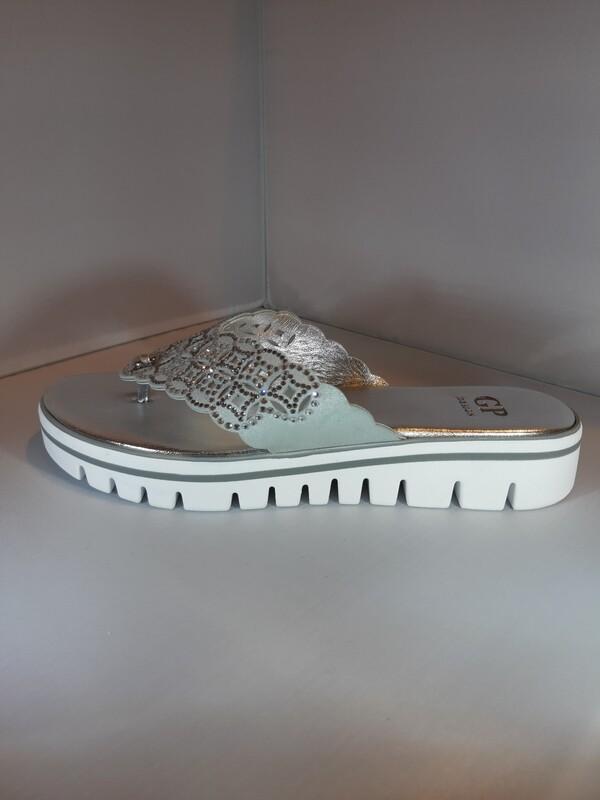 GP | Slippers dikke zool zilver