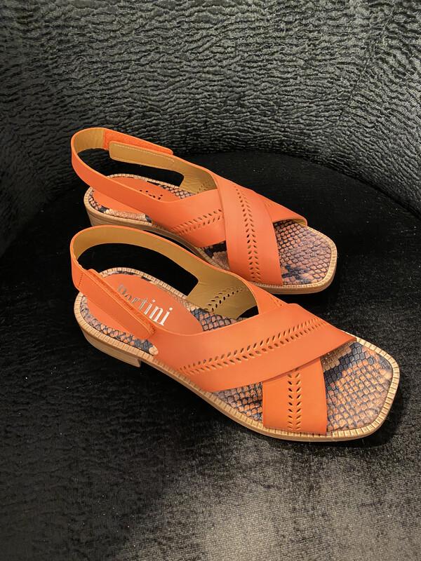 Pertini /oranje sandaal leder