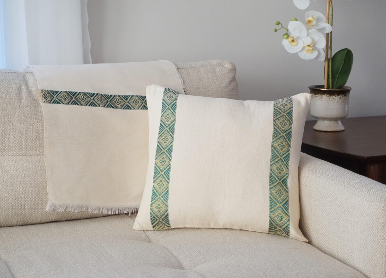 Accent Sofa Throw Pillow| Emerald Green On Cream| Handwoven| Blend Of Cotton Acrylic