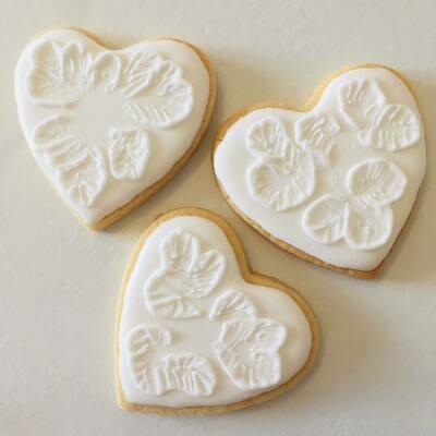 Lot de 5 biscuits cœur dentelle spécial mariage