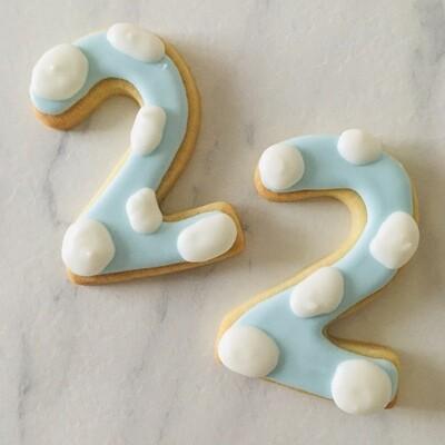 Lot de 6 biscuits chiffre nuage