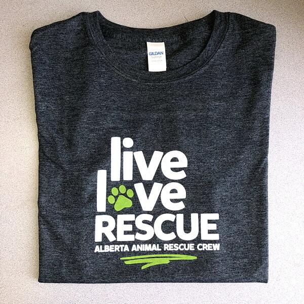 T-Shirt - Live Love Rescue