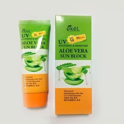 Солнцезащитный крем с алоэ вера Ekel Soothing & Moisture Aloe Vera Sun Block SPF 50 PA+++ (70 мл)