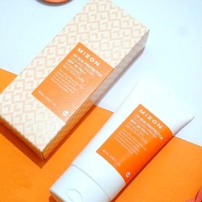 Солнцезащитный крем для лица с бета-глюканом Mizon UV Sun Protector Cream SPF 50+ PA+++ (50 мл)