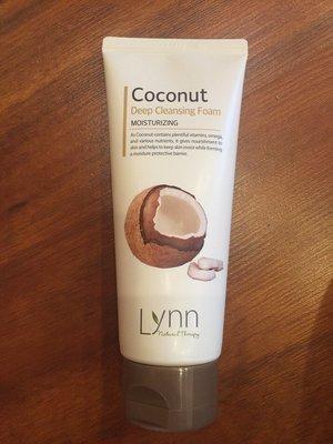 Пенка очищающая кокосовая Lynn Coconut Deep Cleansing Foam (120 мл)