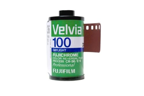 35 mm or 120 slide E6
