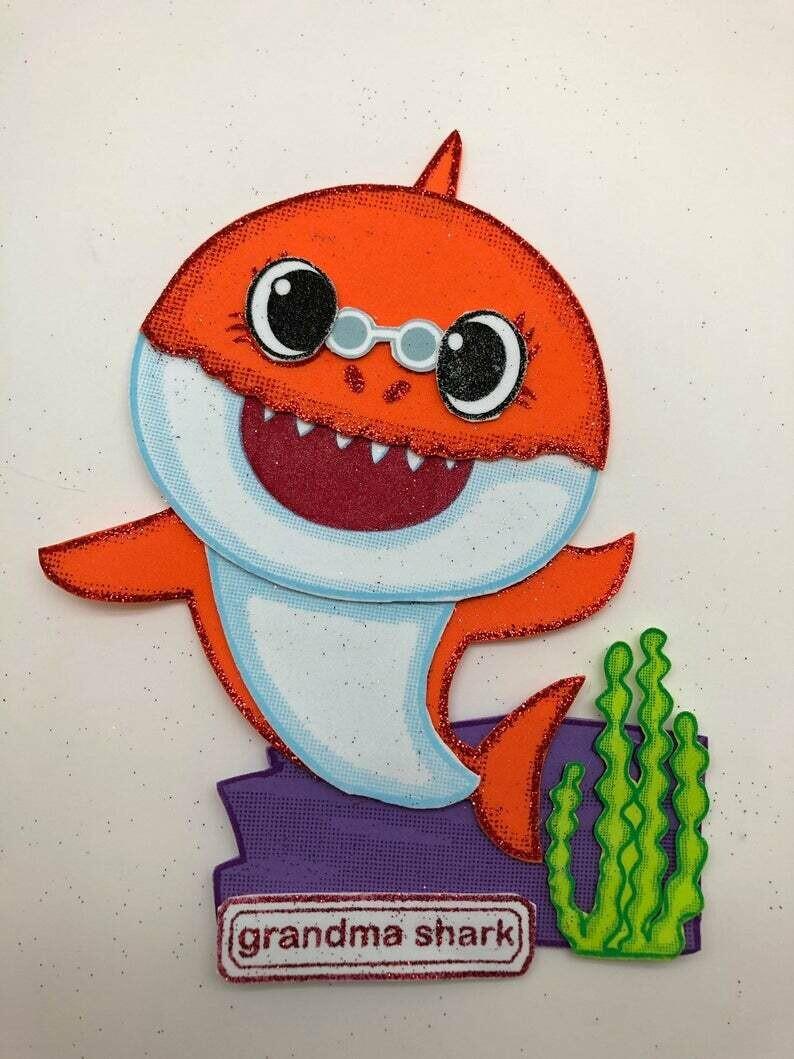 Baby Shark -Granma Shark Pre-traced Canvas