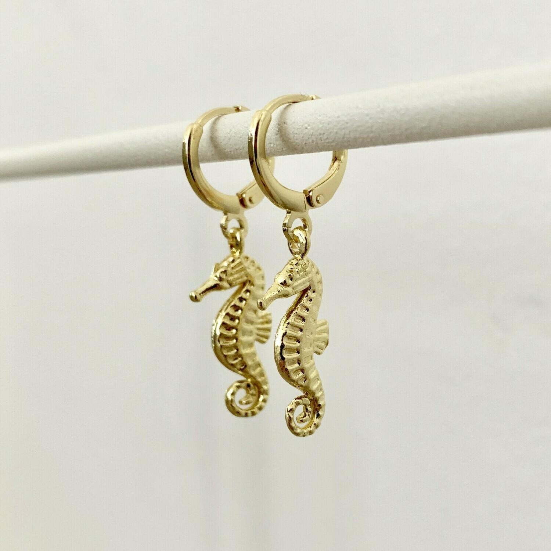 Zeepaardjes oorbellen goud