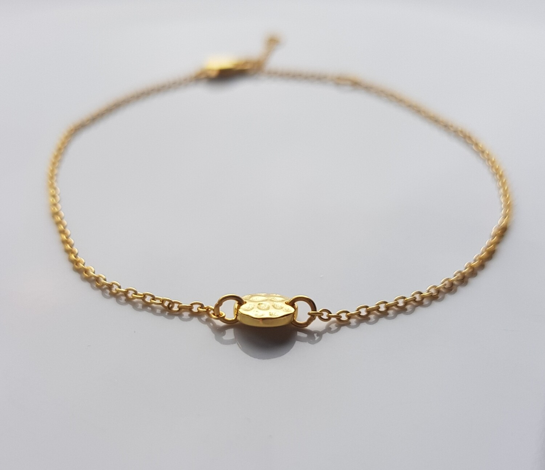 One bead armband goud