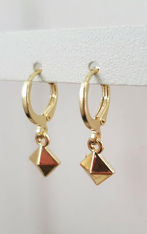 Tiny 3D square oorbellen goud