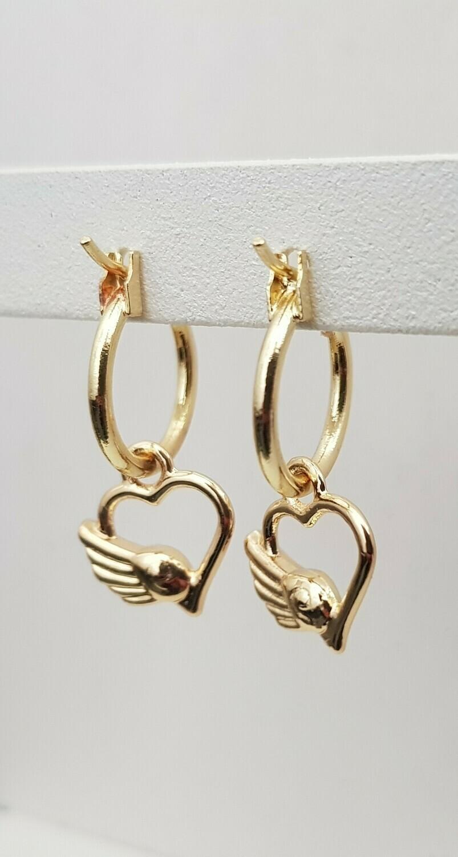 Vleugel op een hart oorbellen goud