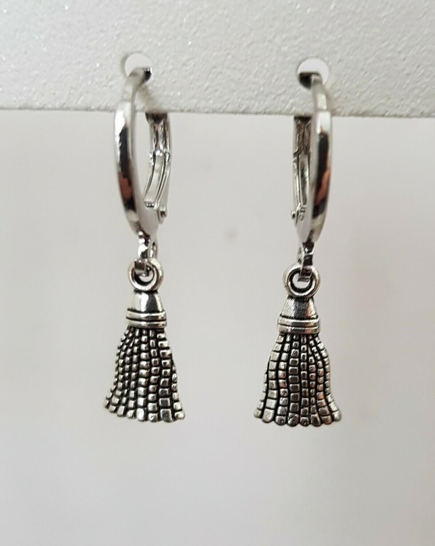 Mini tassel oorbellen zilver