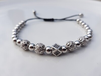 Different beads armband zilver