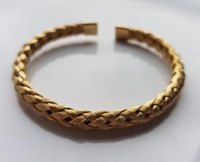 Braided armband goud