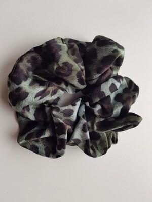 Panterprint scrunchie groen