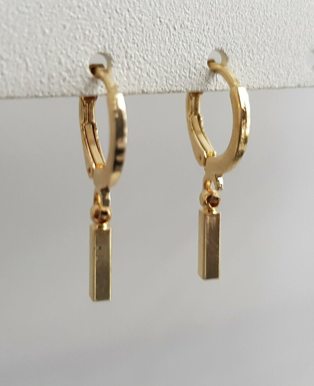 Staafjes oorbellen goud