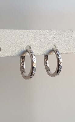 Diamant steentjes oorringetjes 925 sterling zilver 13 mm