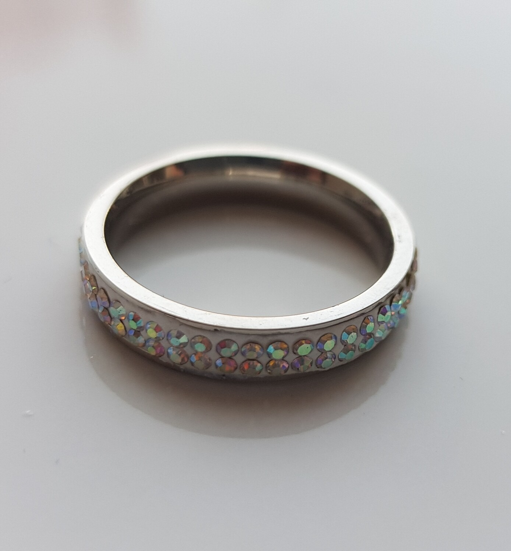 Shiny ring met strass steentjes zilver