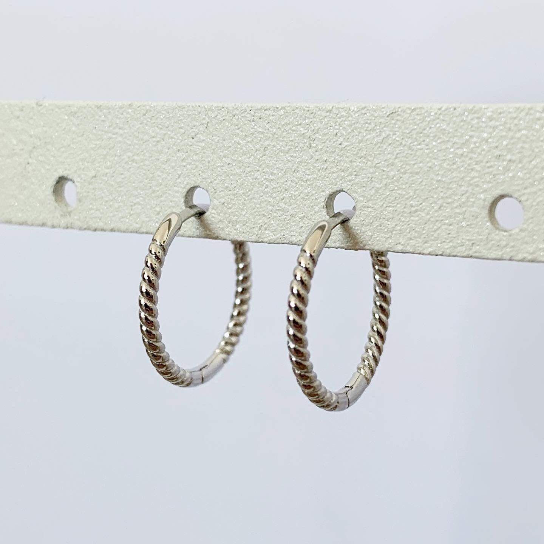 Twisted oorringetjes 925 sterling zilver 15MM