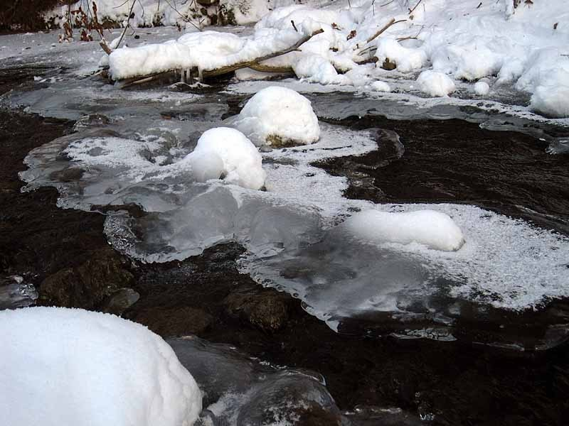 Apple River Ice, Ripples December 25th, 2012