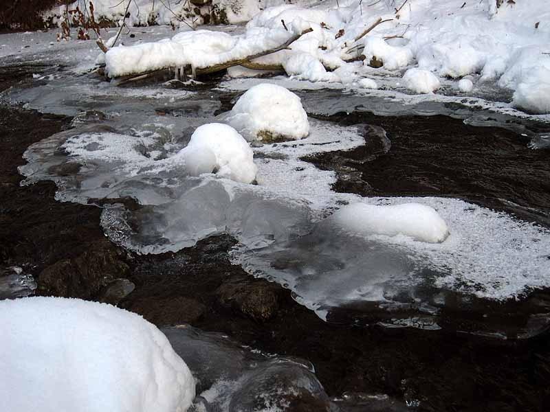 Apple River Ice, Ripples December 25th, 2012