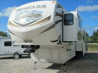 2014 MONTANA 3850FL BY KEYSTONE RV