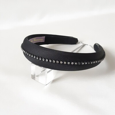 Headband with fine strass stones