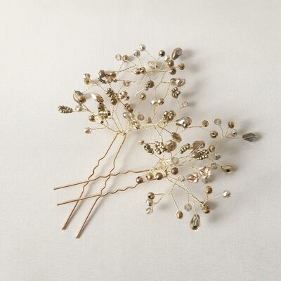 set of 2 elegant gold toned hairpins