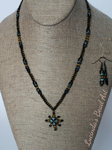 Green Kheops Necklace Set with Black and Topaz