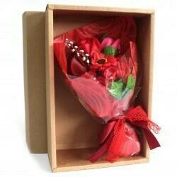 Ramo Flores de Jabón Rojo en Caja