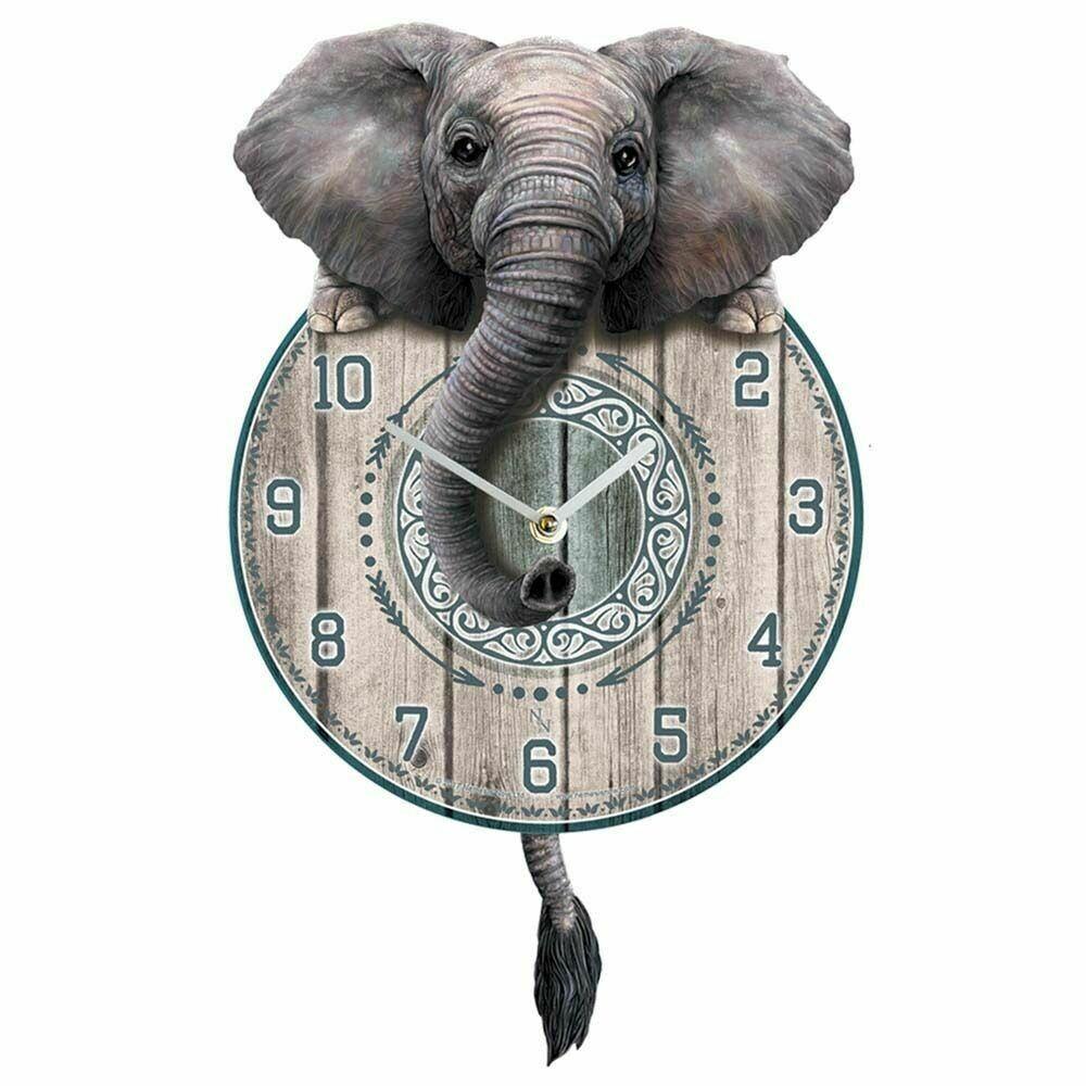 Reloj Elefante Curioso