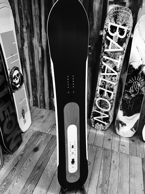 THE ONE - BATALEON Snowboard