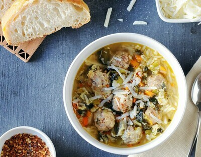 Holiday Chicken Escarole with Meatballs  Quart, 1/2 Gal or Gallon