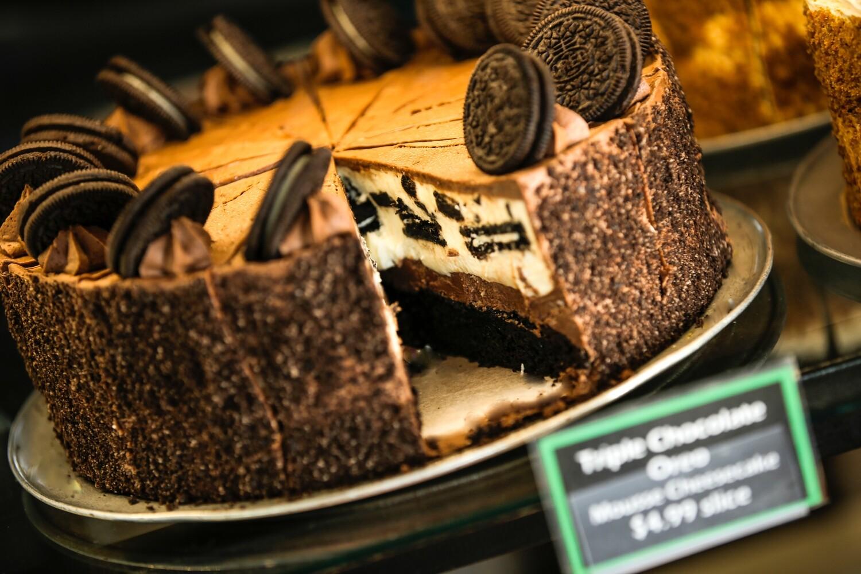 """Oreo Mousse Cheese Cake 12"""""""