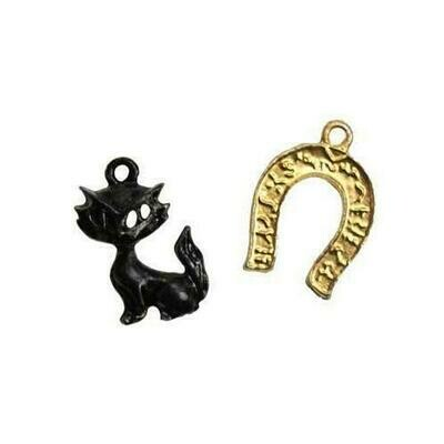 Black Cat & Horseshoe amulet