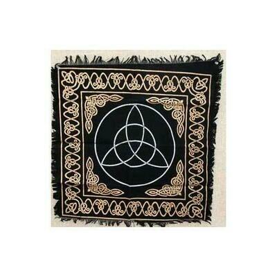 Triquetra altar cloth 24