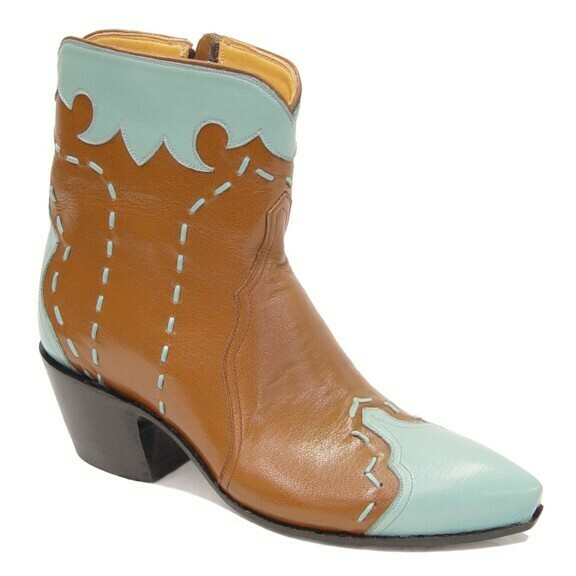 Rambler Ankle Boots
