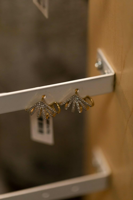 Minni Huggie Earrings E-6279