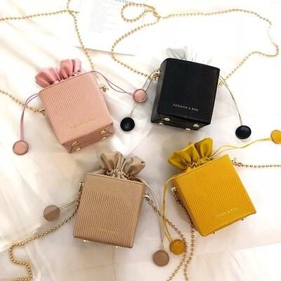 Luxe D'or Wristlet Clutch Bag