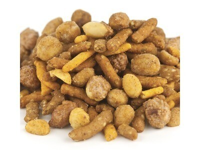 Sweet Cajun Snack Mix
