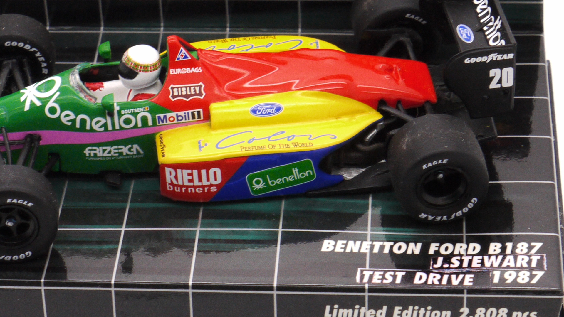 Minichamps Benetton B187 J.Stewart First T.V show test car 1/43 scale