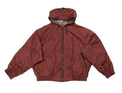 Куртка-ветровка большого размера бомбер из плащевки бордового цвета с капюшоном