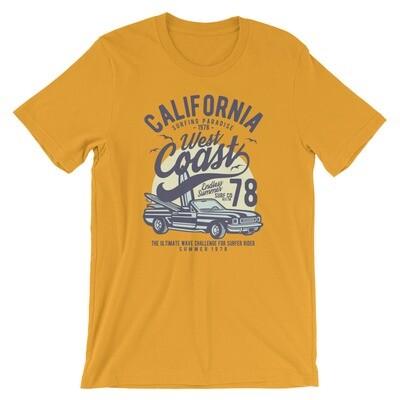 California west coast surfing paradise car vintage Short-Sleeve Unisex T-Shirt
